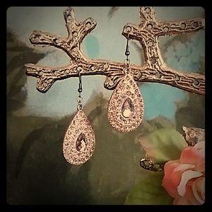Rose gold teardrop Earrings(never worn)